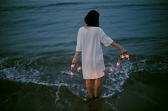 () Tags: film canon ae1 sea dark summer dream poetic     single romance