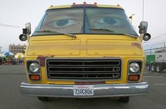 GMC Motorhome (So Cal Metro) Tags: sandiego comiccon gmc motorhome rv camper scavengerhunt