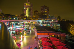 Shopping Larcomar. Lima - Peru. (valmirmacario) Tags: shopping lima larcomar peru cidade city noite night