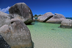 The nicest water (Robyn Hooz) Tags: belitung indonesia water clear mare sea rocks heaven paradise ferragosto ocean java