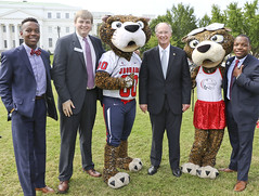 341A0020 (Governor Robert Bentley) Tags: montgomery alabama usa school spirit swac ncaa auburn aubie blaze dragon uab cocky gamecock jacksonville freddie the falcon montevallo north west troyuniversity aum university south uah state athens