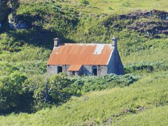 Red Roof, Loch Bad an Sgalaig, Wester Ross, Sep 2015 (allanmaciver) Tags: red roof loch bad an sgalaig hydro scheme ruin croft house sad empty shepherd gamekeeper isolated remote allanmaciver highlands scotland