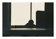 Labeur (hlne chantemerle) Tags: bureau silhouette ombre fentre reflets lumire monochrome gris blanc office shape shadow window light grey white quiet atwork intrieur interior