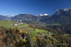 Sdtirol (Rolandito.) Tags: italy italien italie italia sdtirol alto adige ritten schlern panorama herbst atumn fall alps alpen alpi mountains oberbozenn