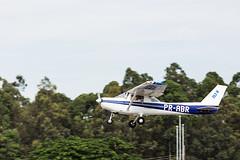 Cessna 152 PR-ABR (Joao Carlos Medau) Tags: brazil brasil canon sopaulo aircraft 5d cessna spotting markiii spotter cessna152 jundia aircraftspotting jundiasp sbjd canon5dmarkiii qdv aeroportoestadualcmterolimadolfoamaro aeroportodejundia