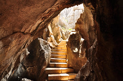 Shilin Cave (Marko Stavric) Tags: light sunlight stairs path tunnel caves cave rays cavern