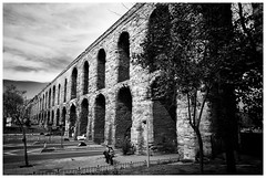 Aqueduct of Valens (iandolphin24) Tags: leica blackandwhite istanbul m8 leicam8 voigtlanderheliar15mmf45