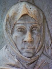 Skulptur - Sculpture (GuteFee) Tags: friedhof cemetery athens sculptures athen skulpturen