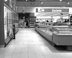 ice cream girl (joe.laut) Tags: bw girl mall shopping blackwhite icecream sw randompeople schwarzweiss mrz 2013 joelaut