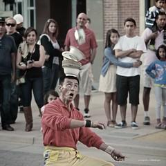 As I see people around me. (Davide Gori) Tags: california travel summer people west america fun losangeles unitedstates santamonica happiness promenade trick lax dishes juggler ability gori statiuniti virtualsense