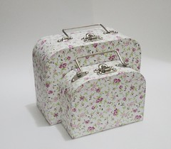 Duo de maletas P (Ana Paula Louvem - Atelier Doce Sabor) Tags: maleta lembrancinha frasqueira lancheira maletaforradaemtecido
