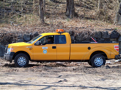 Palisades Interstate Park Truck, Englewood Cliffs NJ (jag9889) Tags: park car yellow truck newjersey fishing nj maintenance pip vehicle hudsonriver interstate englewood palisades bergencounty 2013 jag9889