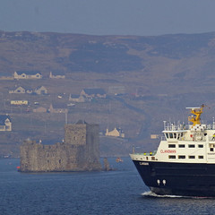 two old sea dogs! (bagpii) Tags: sea ferry boats scotland barra calmac