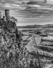 "Kinnoull Tower • <a style=""font-size:0.8em;"" href=""http://www.flickr.com/photos/53908815@N02/8640178043/"" target=""_blank"">View on Flickr</a>"