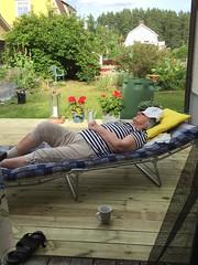 After gardening #summer #fotosondag #fs160828 #sweden #sommarnoje (Moniqas) Tags: summer fotosondag fs160828 sweden