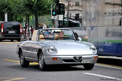 Alfa Romeo Spider with an old Italian plate from Torino (Helvetics_VS) Tags: oldcars alfaromeo spider licenseplate italy torino