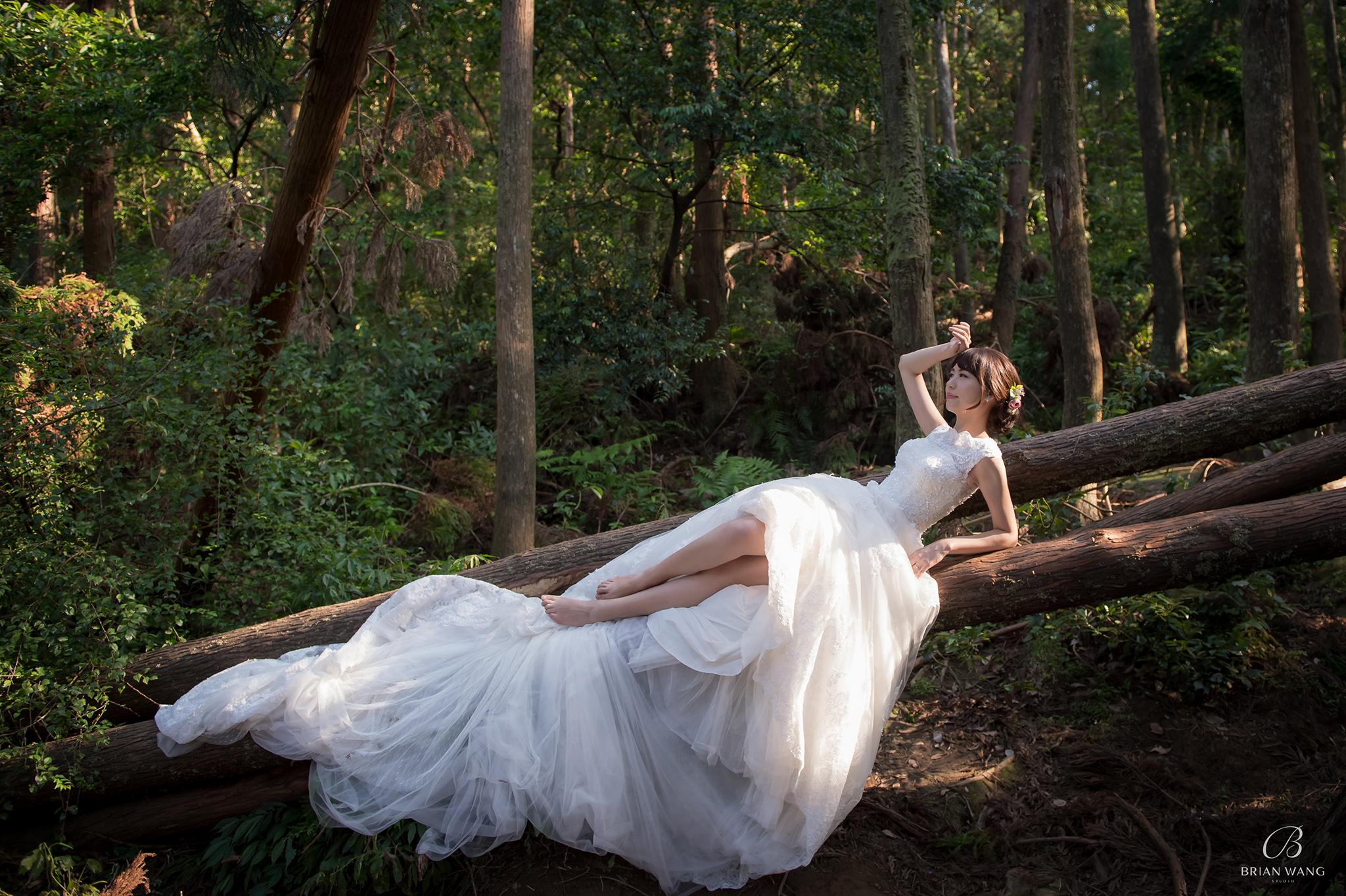 '陽明山黑森林婚紗,逆光婚紗,時尚曼谷婚紗,台大婚紗,台大校史館婚紗,食尚曼谷婚紗,婚紗價格,2048BWS_9995'