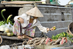 Floating Market - Mekong River (meducauk) Tags: floatingmarket mekongriver vietnam