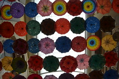 Umbrellas in the sky (Gina's Atelier) Tags: umbrella regenschirm dubai vae uae dubaimall mall