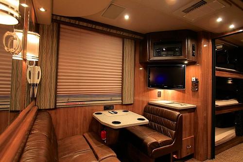 Shiloh - Rear Lounge