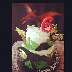 Dinosaurs #cousintime #trex #pterosaur #flyingdinosour #trees #jungle #cake #royaltycakes #fondant #handpainted (Royalty_Cakes) Tags: birthday ca trees sky 6 tree green art cakes smile cake clouds square dessert lost happy design fly flying downtown artist hand dinosaur disneyland painted teeth awesome creative sharp celebration numbers jungle land hunter six tomorrowland prehistoric edible royalty dinosaurs trex hunt 6th chino caveman chaca fondant buttercream pterosaur customcakes royalt specialtycakes iphoneography wwwroyaltycakes wwwroyaltycakescom royaltycakes