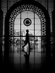 Marrakech Railway Station (Thomas Leuthard) Tags: street leica white black training photography video flickr fuji thomas streetphotography olympus monochrom ebook omd hcb leuthard thomasleuthard