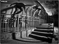 Unai Beltran - Frontside Noseslide @ Ariznavarra - Vitoria-Gasteiz (CHROME_40) Tags: white black hockey stairs shadows skateboarding fisheye skate handrail stl vitoria frontside beltran ruiz gasteiz eneko unai noseslide charcuteria santalu strobist