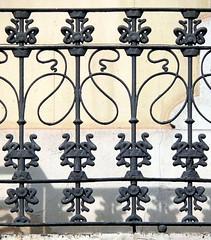 Barcelona - Diagonal 466 c (Arnim Schulz) Tags: barcelona espaa art architecture fence liberty spain arquitectura iron arte kunst catalonia artnouveau castiron gaud architektur catalunya espagne modernismo forged catalua spanien modernisme fer jugendstil wrought ferro smrgsbord eisen hierro espanya katalonien stilefloreale belleepoque baukunst gusseisen schmiedeeisen ferronnerie forjado forg ferdefonte