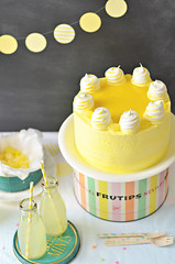 Lemon Meringue Delight Cake 2 (Sweetapolita) Tags: yellow lemon layercake lemoncurd eastercake lemonmeringue lemoncake meringues sweetapolita
