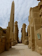 "Templo de Karnak • <a style=""font-size:0.8em;"" href=""http://www.flickr.com/photos/92957341@N07/8594499820/"" target=""_blank"">View on Flickr</a>"