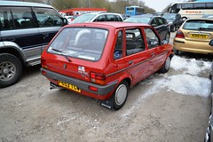 1988 Austin Metro Mark II – F653 TCW (Paul D Cheetham) Tags: snow classic car museum austin easter metro weekend mark 1988 rover 1940s ii period tramway forties crich 998cc f653tcw