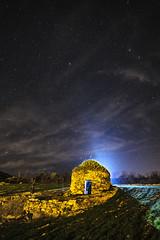 divertimento nocturno (ivan_azcona) Tags: light sky luz night stars flash velvia cielo estrellas nocturna lantern navarre navarra divertimento estella nafarroa linterna lizarra
