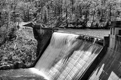 The Dam at Sugar Hollow (Dan:Brown) Tags: water virginia waterfall nikon dam charlottesville sugarhollow lr4 d7000 18200mmf3556gafs