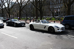 Seeing double. (ND   Automotive Photography) Tags: auto white black cars car photography mercedes benz spider spring convertible automotive spyder mercedesbenz nd autos dusseldorf düsseldorf cabrio spotting sls amg roadster cabriolet kö königsallee carspotting 2013
