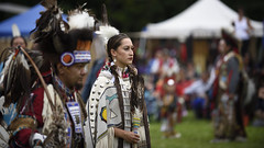 _DSC0295 (Farzad_K) Tags: seattle park people usa washington native indian united july american tribes 16 annual discovery bree blackhorse 29th indigenous regalia seafare 2016