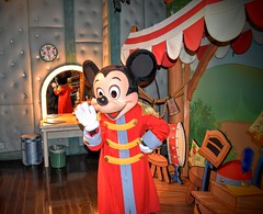 Mickey the Mouse (Karl Garda) Tags: mickeymouse mickey disneyland disney usa losangeles anaheim nikon d5500 nikond5500