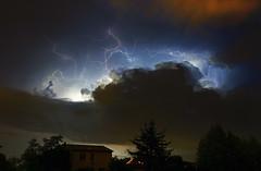 B-Rain storm (Robyn Hooz) Tags: storm sanwitch lightning fulmini notte dark night cloud house spirits casa padova
