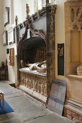 Abergavenny priory, Monmouthshire (Vitrearum (Allan Barton)) Tags: medieval church priory herbert monument effigy alabaster reredos abergavenny