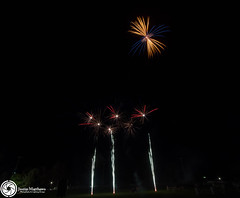 Beaudesert Show 2016 - Friday Night Fireworks-19.jpg (aussiecattlekid) Tags: skylighter skylighterfireworks skylighterfireworx beaudesertshow2016 qldshows itsshowtime beaudesert aerialshell cometcake cometshell oneshot multishot multishotcake pyro pyrotechnics fireworks bangboomcrackle