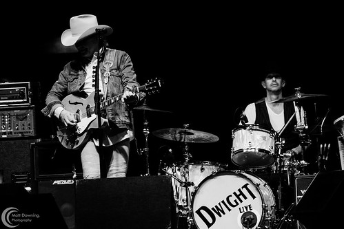 Dwight Yoakam - August 13, 2016 - Hard Rock Hotel & Casino Sioux City