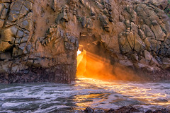Golden light in the Pfeiffer Arch (mojo2u) Tags: california sunset arch bigsur montereycounty sunrays pfeifferbeach pfeifferstatepark nikon2470mm keyholerock nikond800 goldengaterock