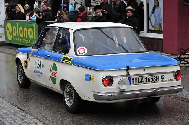 vintage nikon historic german bmw nikkor fx 70200 historique motoring sportwagen klassik 2002ti planaiclassic eumoto bmwclassicgroup