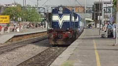 Pride of SCR-Dakshin Express (Jai BGKT) Tags: yard south central railway legendary rake express through hyderabad northern nr tkd scr speeds dakshin hyb okhla shunts 15016 nzm tughlakabad nizzamudin wdp1