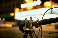 State Street Shifter (EXPLORE 02/22/13) (benchorizo) Tags: city urban chicago bicycle downtown cityscape dof bokeh bikes metropolis nightshots statestreet downtownchicago shifter chicagotheater chicagoist banias citynights d90 benchorizo