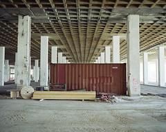 The empty stage (Philippe Yong) Tags: paris 120 mamiya film analog fuji rangefinder analogue 6x7 constructionsite 80mm mamiya7ii moyenformat pro400h 7ii theemptystage philippeyong wwwpyphotographyfr