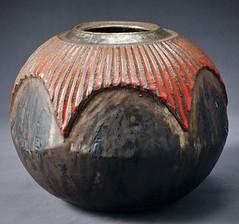 Ceramic Pot (VesperTokyo) Tags: art japan ceramics object potter gen kozuru 陶芸家 高鶴元 上野焼