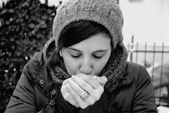 Let me warm your heart. ( Nancy & Nina ) Tags: portrait snow me monocromo blackwhite bn nancy freddo bianconero