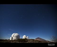 Teide Astronomical Observatory (esslingerphoto.com) Tags: longexposure sky mountain night canon stars island photography eos star volcano evening solar spain europe long exposure dof shot nightshot space towers single tenerife 5d nightshots canaryislands mkii mountteide esslinger lascaadas izaa teideobservatory esslingerphotocom objetivoalcanzado teideastronomicalobservatory