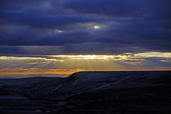 Sun Rays (Steve Robb) Tags: from park uk sunset england cloud mountain lake snow cold fall ford water walking pond gate rocks sheep wind steps deep peak reservoir severn climbing upper national trent land brook everyone member 11th february hayes hen leek staffordshire hulme roaches moorlands staffs 2013 snowclimb