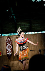 Malaysian Dance (Mansour Obaidi - Photography) Tags: show woman heritage girl asian dance culture fair sarawak malaysia kuching   sarawakculturevillage     mansourobaidi